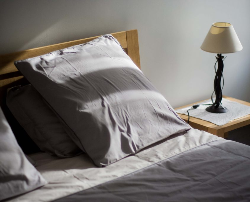 detail-chambre-hotes-saint-medard-en-jalles-theme-bleu
