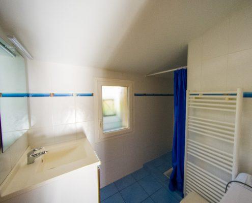salle-de-bains-gite-hastignan-saint-medard-en-jalles